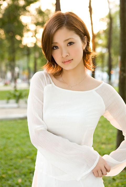 Aya Ueto / 上戸 彩