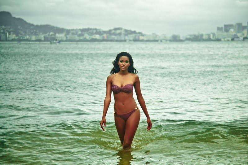 Leila Lopes Miss Universe Miss Angola 2011. hot photo