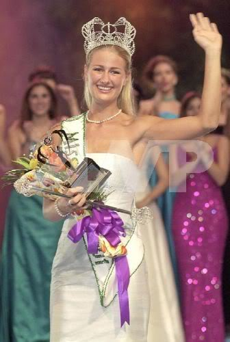Catharina Svensson (Denmark) - Miss Earth 2001. photo