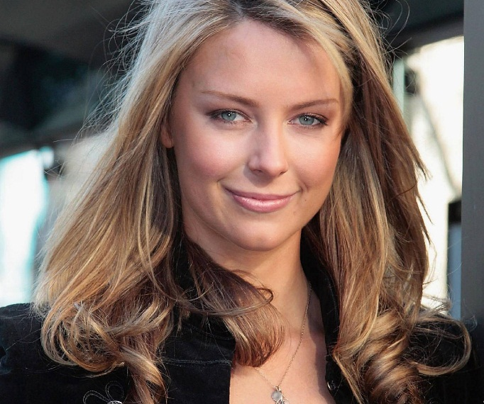 Jennifer Hawkins (Australia) - Miss Universe 2004. Photo