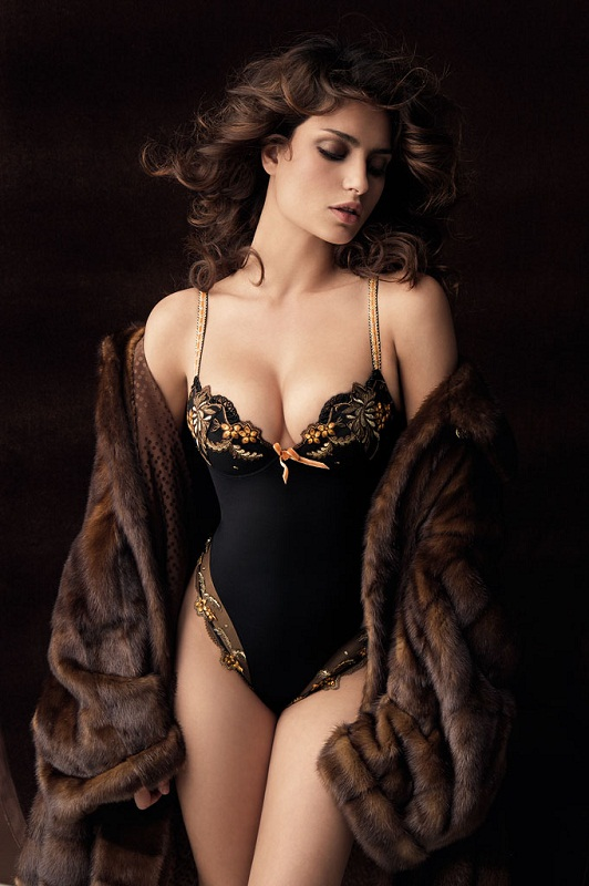 Catrinel Menghia (Marlon) the most beautiful Romanian woman. photo