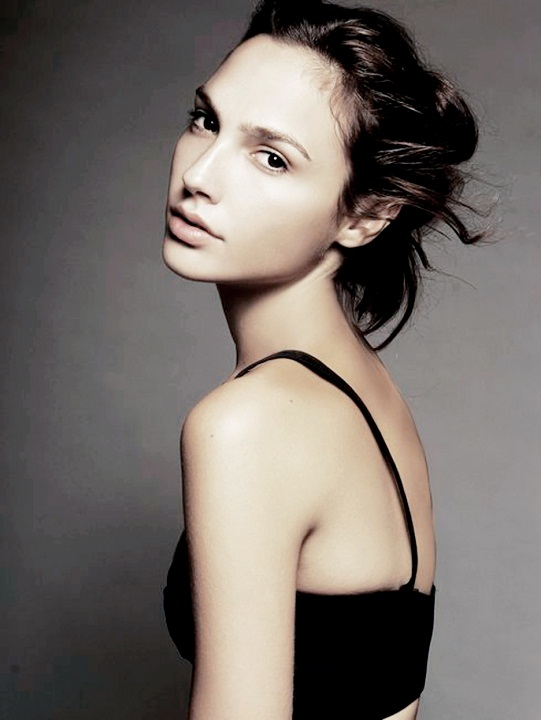 beautiful Israeli girl Gal Gadot / גל גדות picture