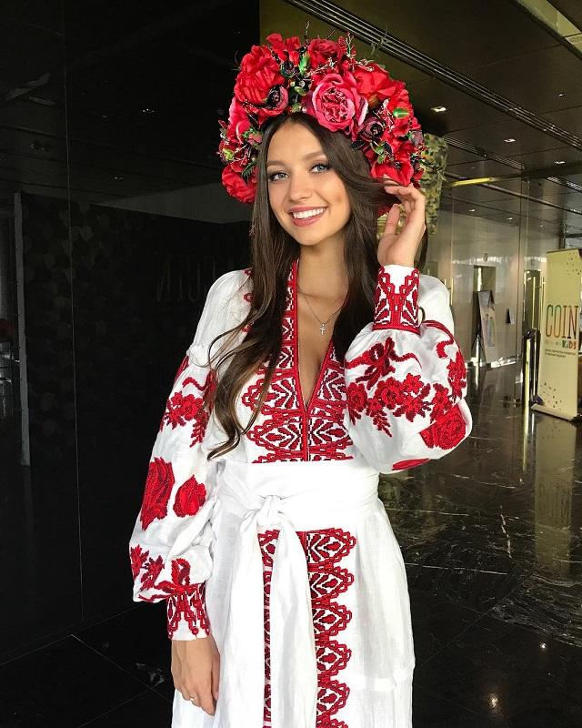 Polina Tkach Miss Ukraine World 2017 (10 pictures)