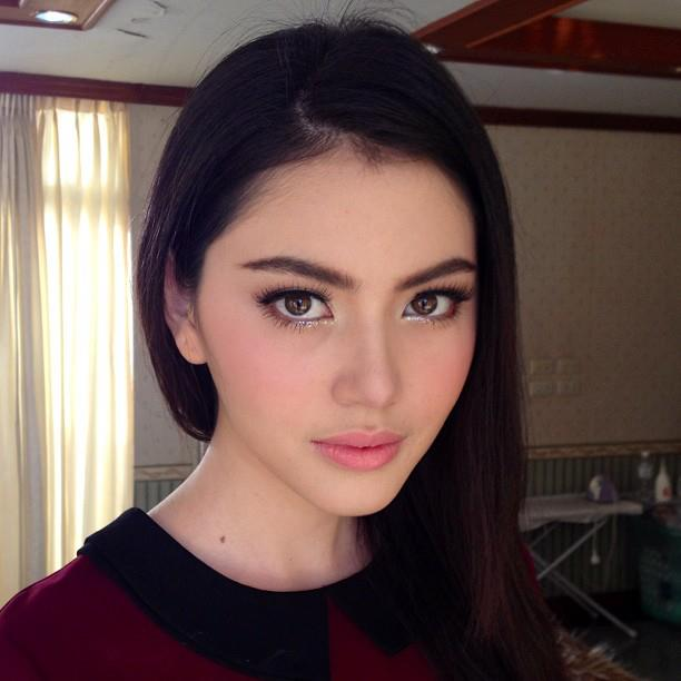 thai gorgeous girl Davika Hoorne photo