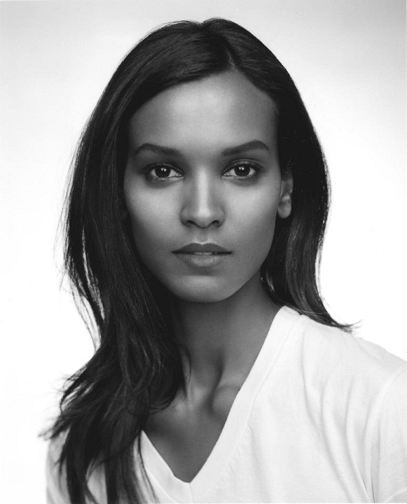 Beautiful Ethiopian Woman Liya Kebede, model. photo