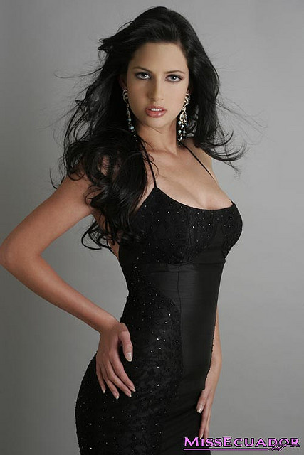Rebeca Flores - Miss Ecuador World 2006. photo