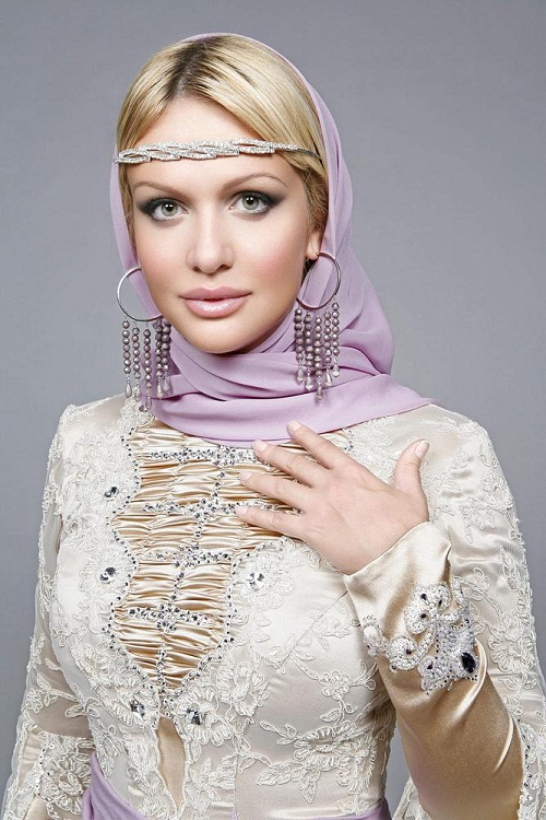 Victoria Lopyreva - Miss Russia 2003. photo