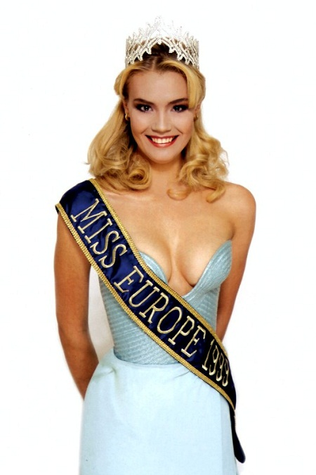 Yelena Rogozhina - Miss Russia 1997, Miss Europe 1999. photo