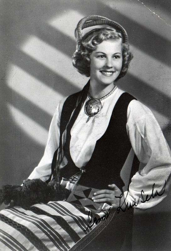 Armi Kuusela (Finland) Miss Universe 1952  Photo Gallery