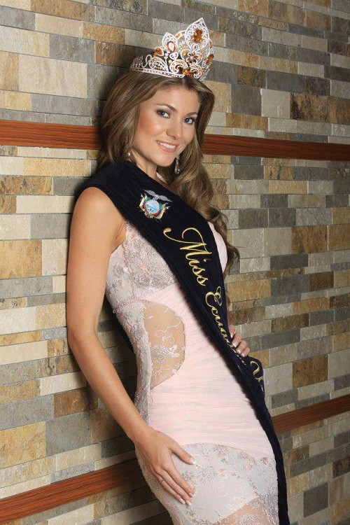 Constanza Baez Miss Ecuador Universe 2013 photo