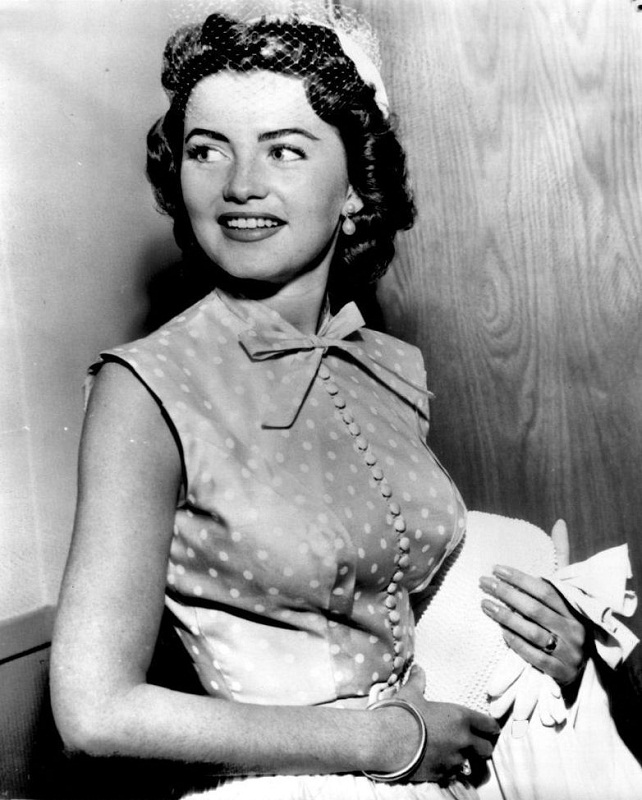 Jackie Loughery Miss USA 1952 photo