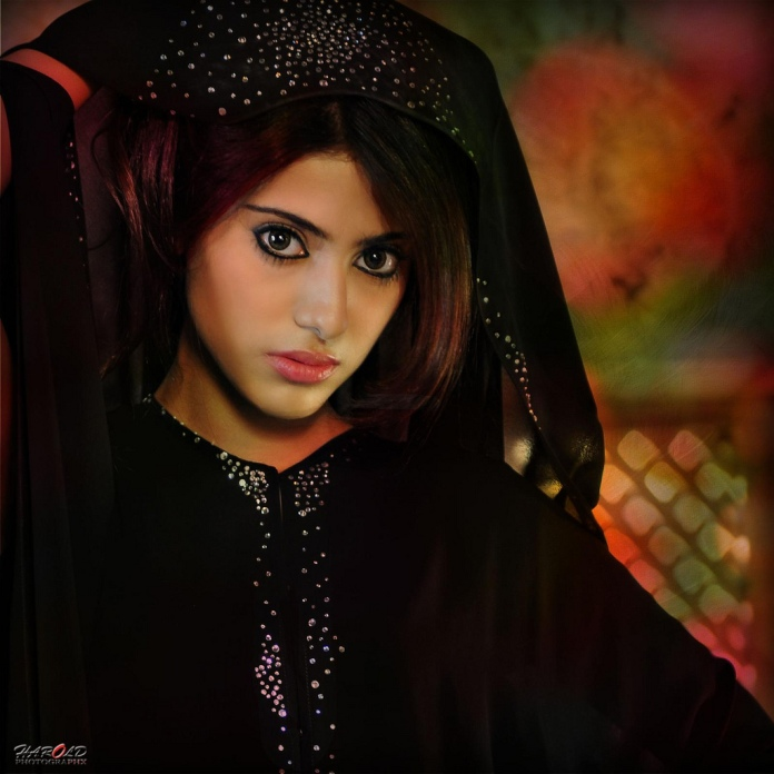 Bahraini girl Shaila Sabt / شيلاء سبت in Abaya. photo