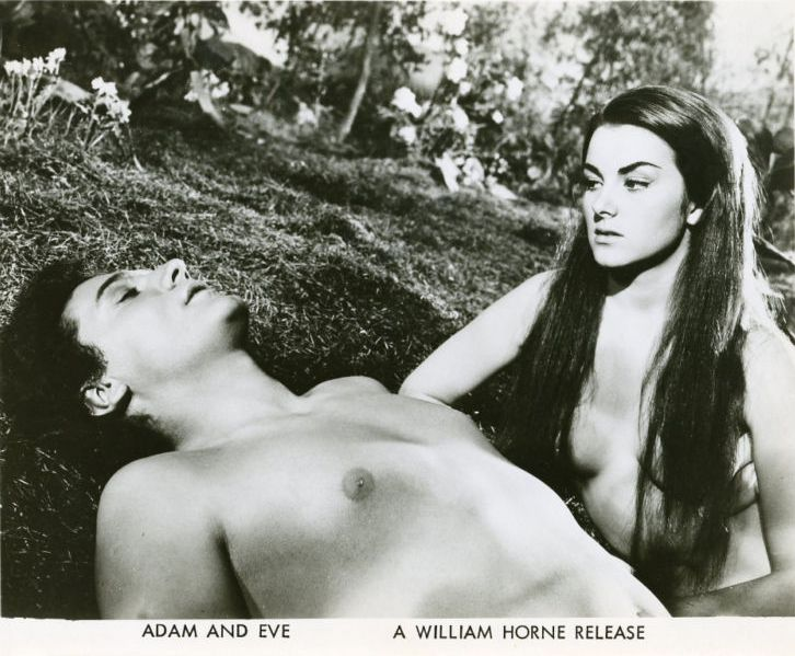 Christiane Martel as Eve in film Adán y Eva / Adam and Eve (1956)