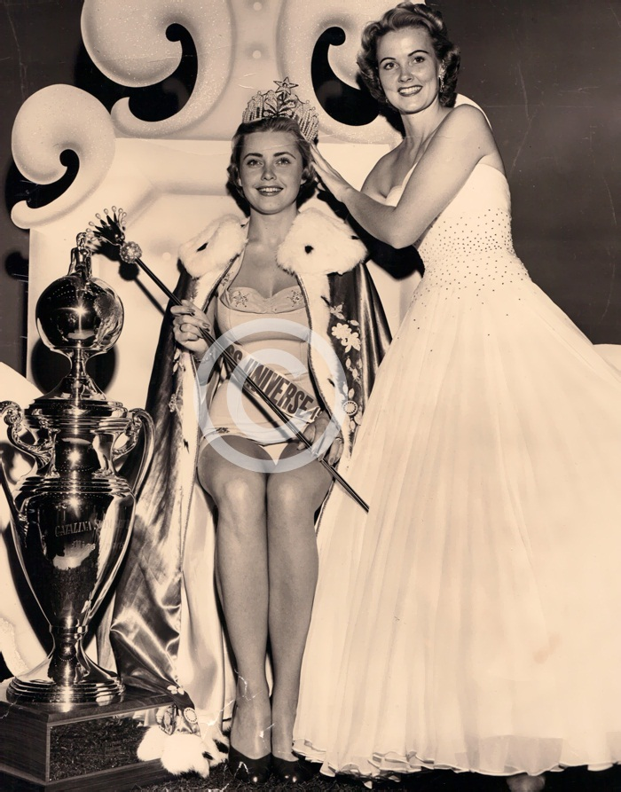 Hillevi Rombin (Miss Universe 1955) and Miriam Stevenson (Miss Universe 1954)
