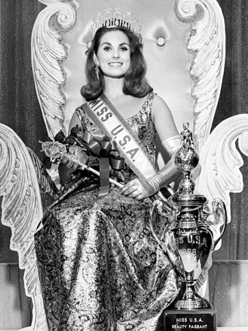 Maria Remenyi (California) Miss USA 1966 winner photo