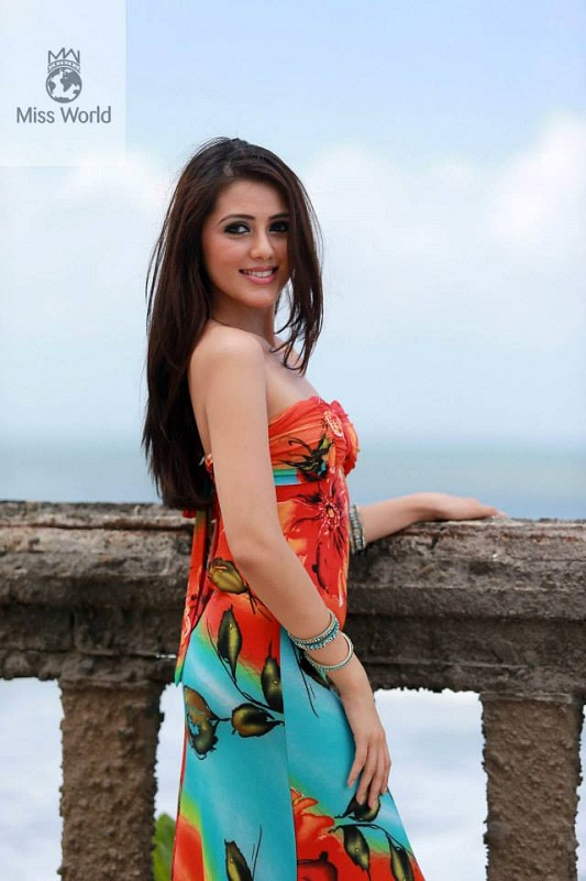 Melinder Bhullar Miss Malaysia World 2013. picture