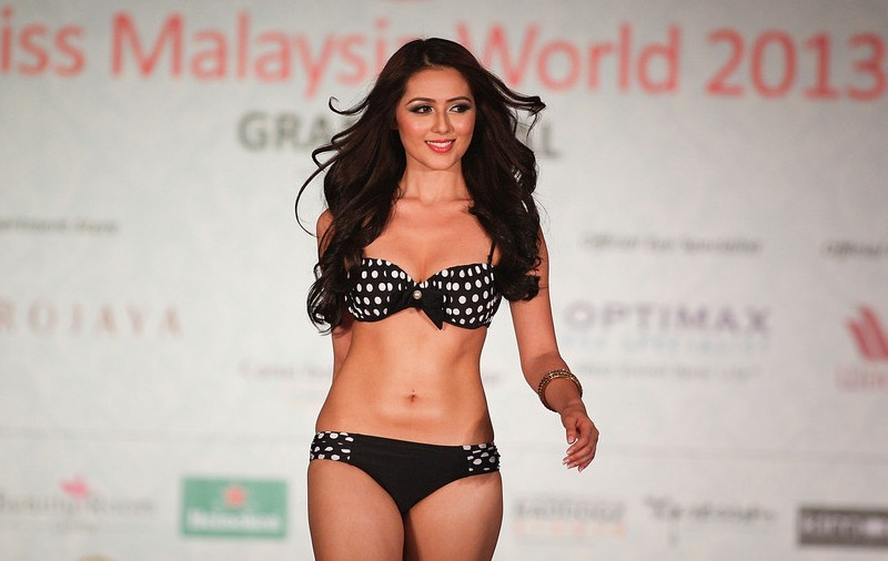 Melinder Bhullar Miss Malaysia World 2013. hot photo