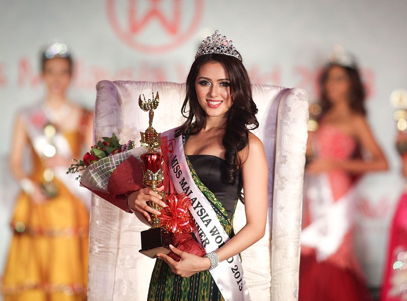 Melinder Bhullar Miss Malaysia World 2013. photo