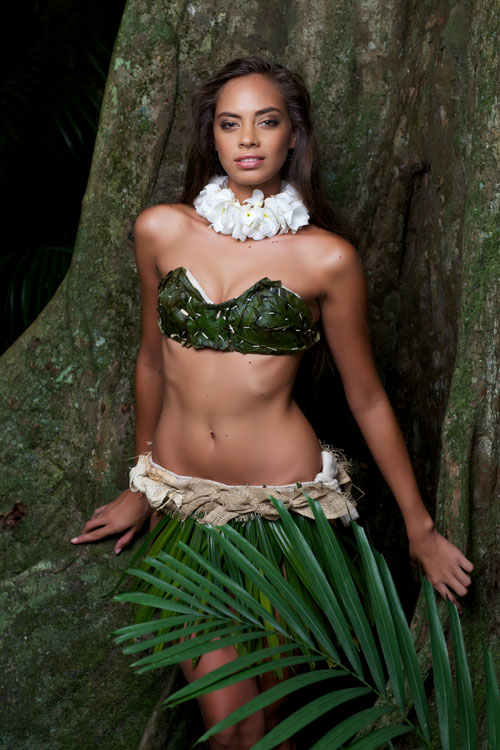 Beautiful Tahitian woman Hinarani de Longeaux