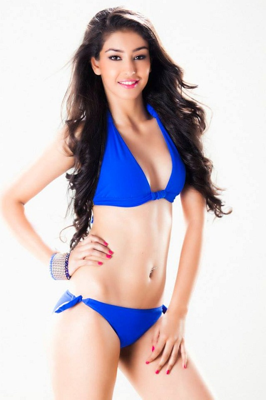 Navneet Kaur Dhillon hot photo