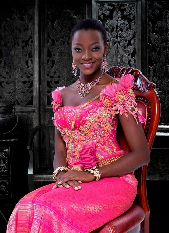 Beautiful Ugandan girl Stellah Nantumbwe photo