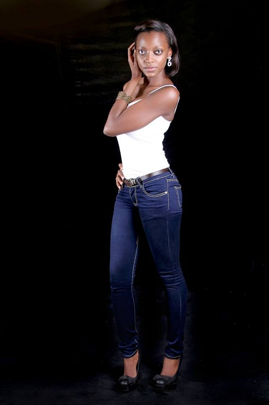 hot Ugandan girl Stellah Nantumbwe photo