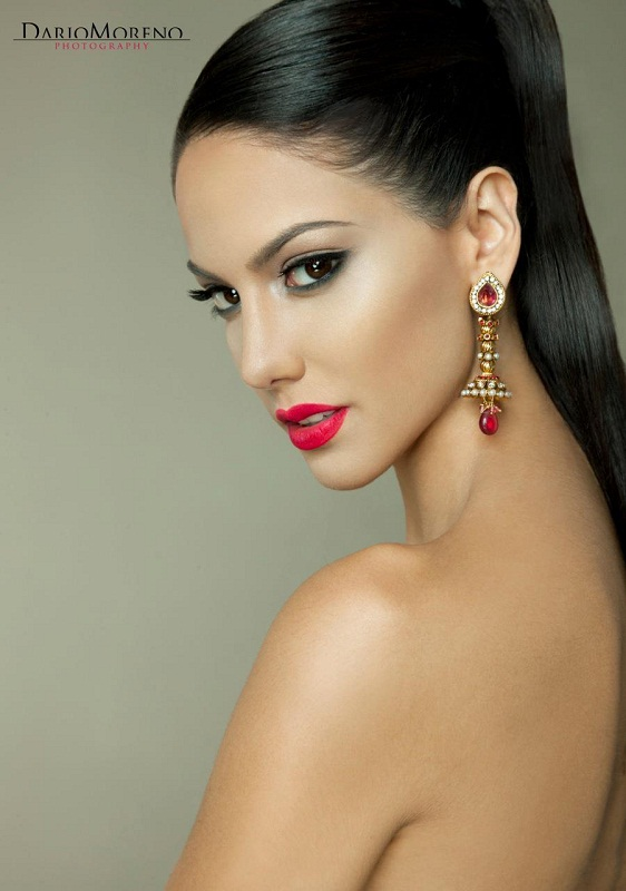 Carolina Brid Miss Metropolitan International 2011 winner photo