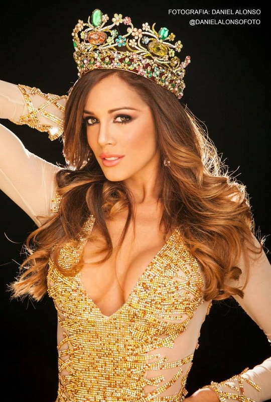Alyz Henrich Miss Earth 2013 winner photo