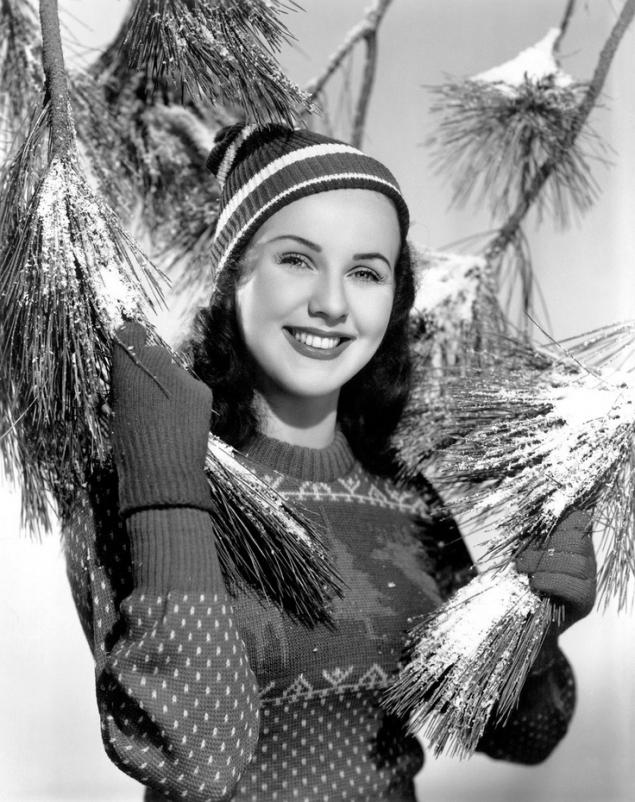 Deanna Durbin Christmas photo
