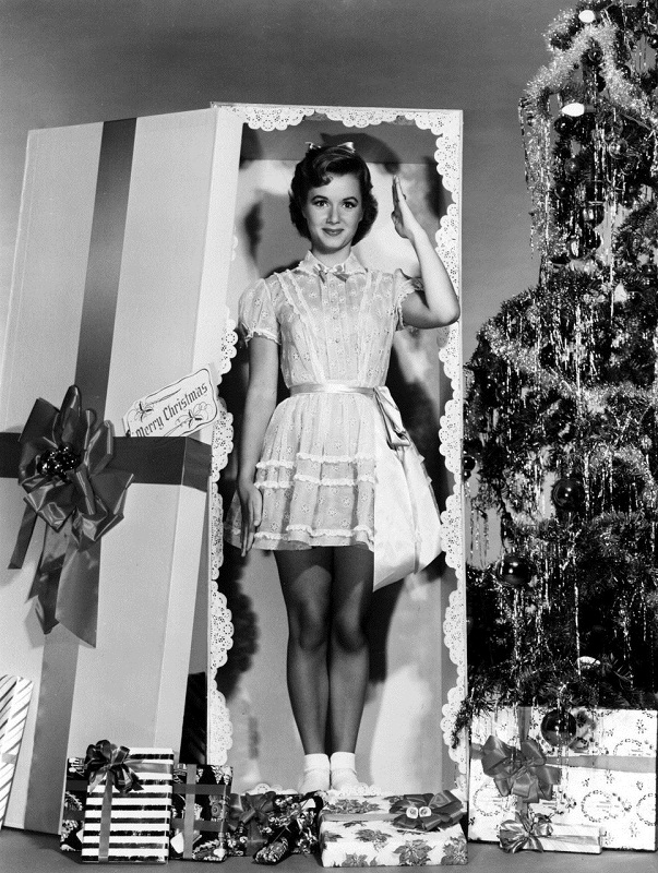Debbie Reynolds Christmas photo