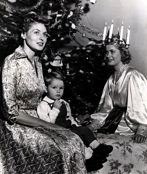 Ingrid Bergman (1952) Christmas photo