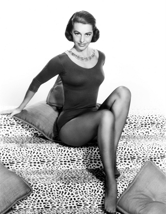Cyd Charisse Most Valuable Legs in the World. photo