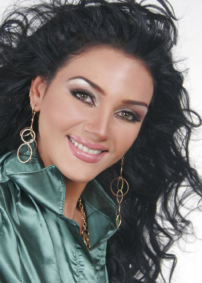 Beautiful Egyptian girl Heba Al-Abasiry photo