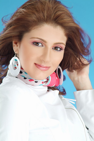 Shaza Mamdouh / شذا Egyptian singer and actress