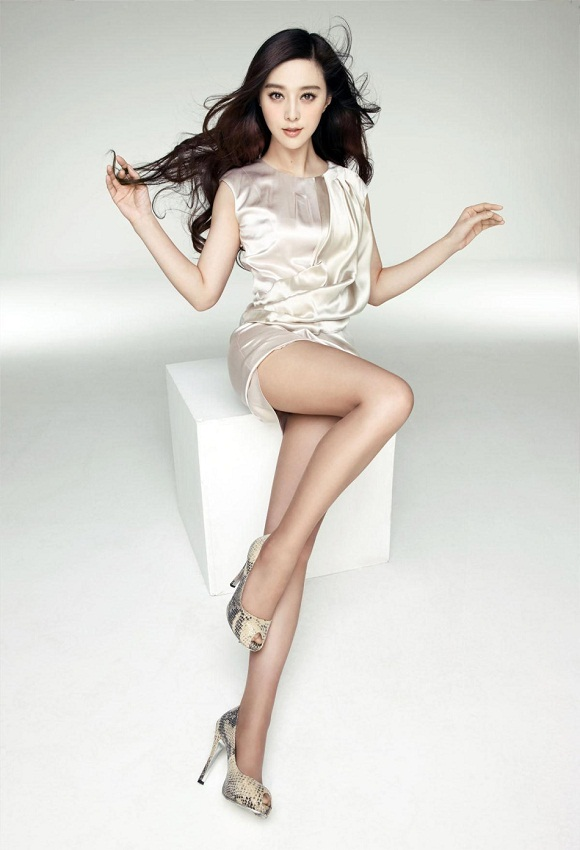 Fan Bingbing / 范冰冰 feet hot picture