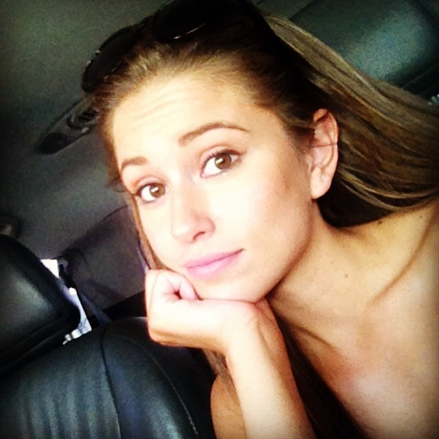 Nia Sanchez without makeup photo