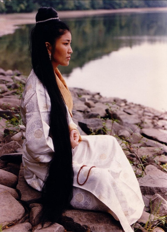 Yungchen Lhamo Beautiful Tibetan woman