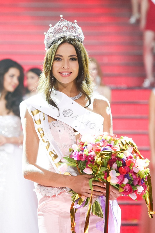 Yulia Alipova Miss Russia Universe 2014 winner photo
